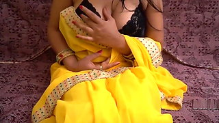 Solo Play with Boobs And Pussy wearing Sari