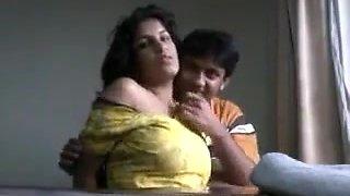 22 big tits gf enjoying
