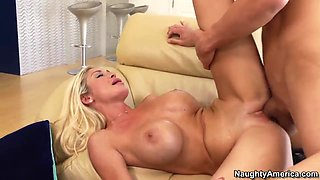 Evita Pozzi sucks young guy with intense pleasure and makes him cum