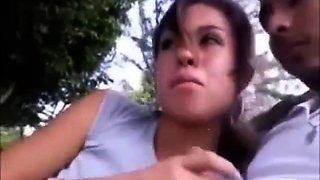 Teresa, mexicana tragando mecos en el parque!