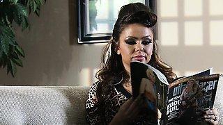 Brazzers - Real Wife Stories - Julia Bond Joh