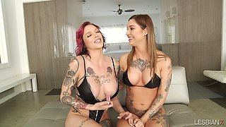 Tattooed emo hottie Anna Belle Peaks is making love with her nasty girlfriend