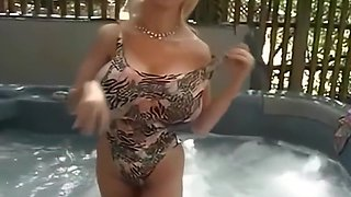 Alena Snow Boob Pool (Remastered)