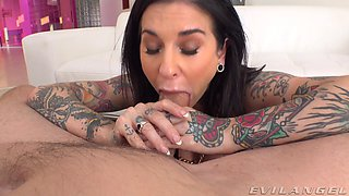 Brunette slut Joanna Angel spreads her legs and gets fucked in ass