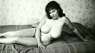 Retro Porn Archive Video: Bra Busters From 1950 60s 02