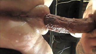 Squirting pussy with fat lips getting fucked