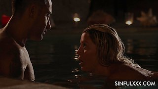 Stunner with perfectly shaped body Sienna Day is making love in the night pool