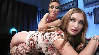 Curvy chick analyzed by short-haired MILF during audition