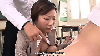 Horny students blackmail Yayoi with a interesting photo.