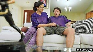 Torrid brunette housewife Penny Barber gives deepthroat blowjob