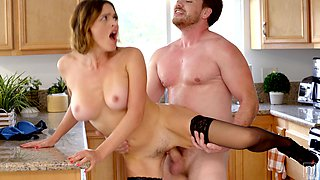 Young lover Kyle Mason knows how to make hot elder woman fully satisfied