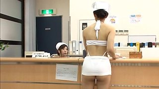 Deep sex with two Japanese nurses who know their business