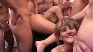 Dutch Girls Sperma party