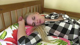 Hardcore fucking in the college room with horny model Katy Sky