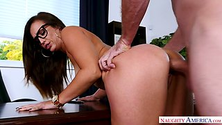 Gorgeous secretary Kelsi Monroe is fucked by her horny boss